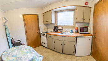 4018 Motel Kitchen 1 x350